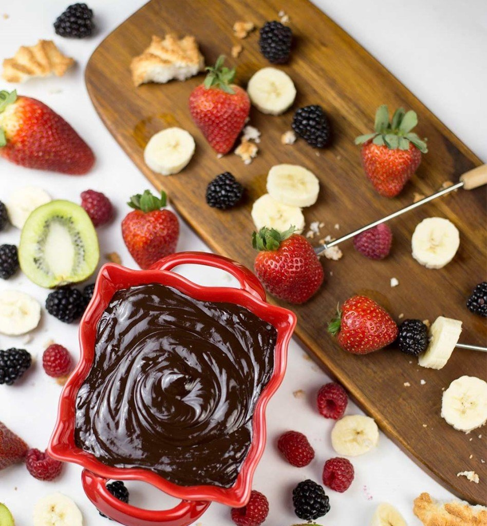 Chocolate fondue served with fruit