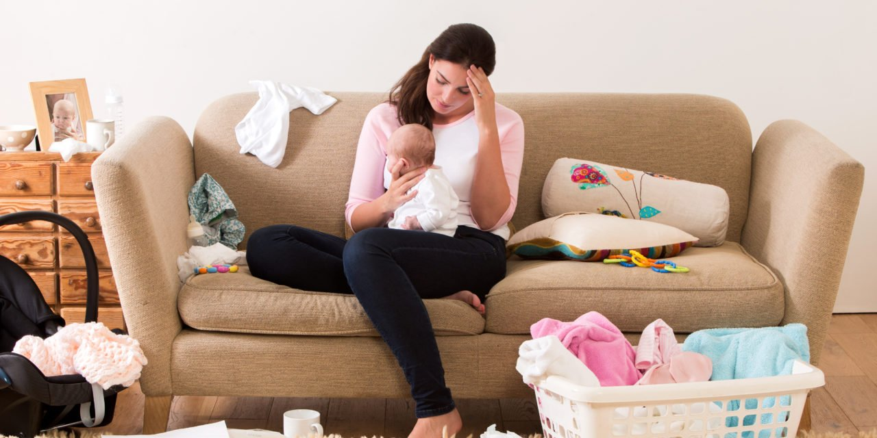 10 Ways to Support a New Mom
