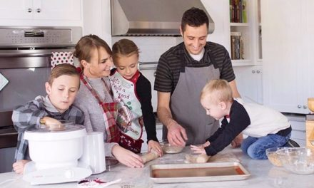How Dads Can Help in the Kitchen