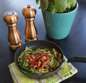 cropped pesto zoodle