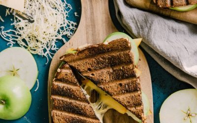 Grilled Apple Gouda Sandwich