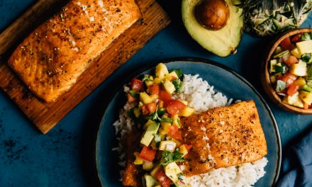 Grilled Salmon With Pineapple Jalapeno Salsa
