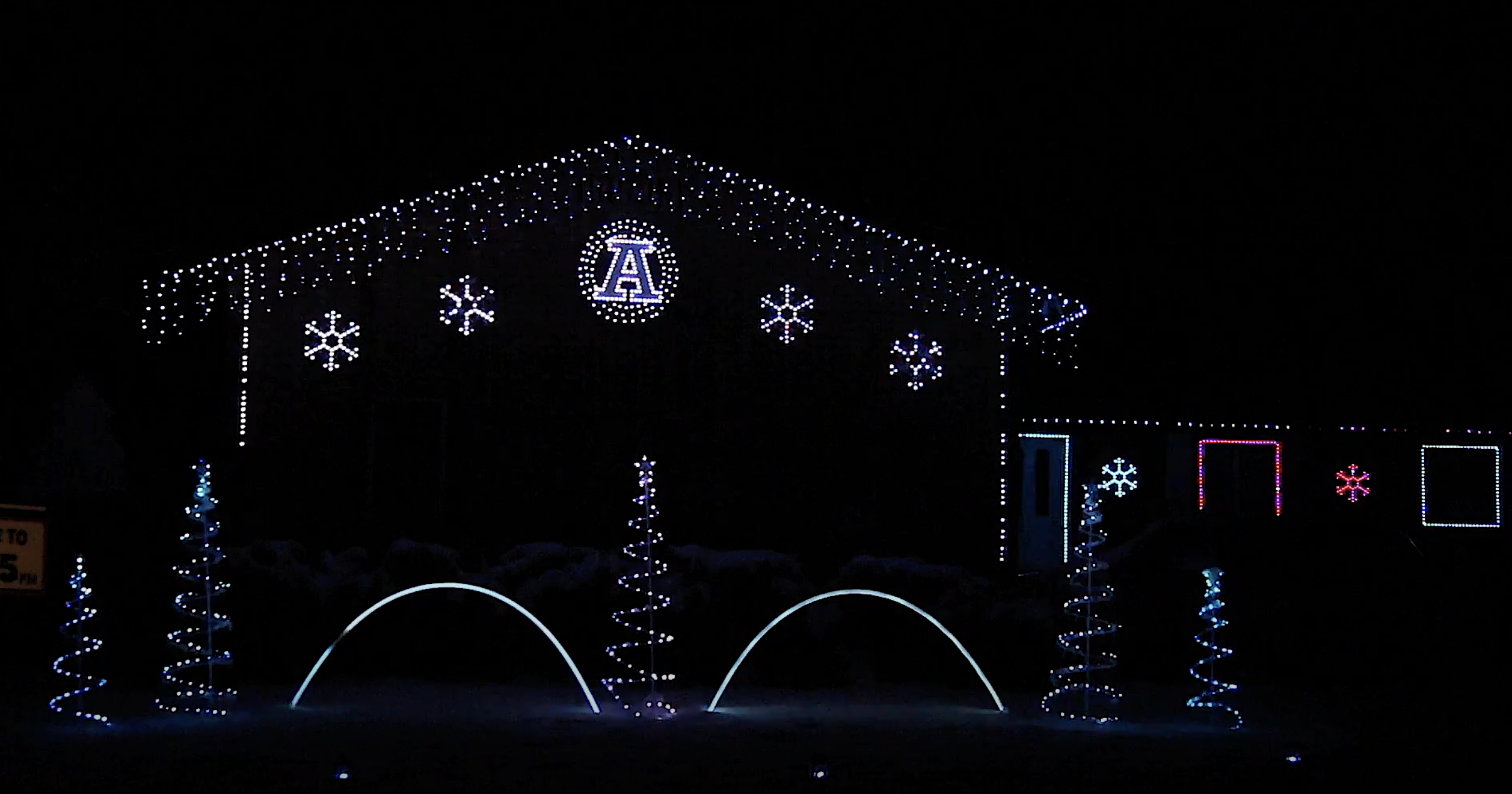 Holiday Lights USU AGGIES Cliffside lights